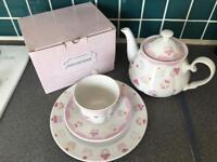 Tea set teapot cup plate