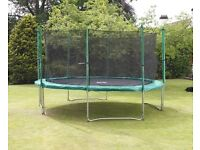 10ft Trampoline with enclosure (used) Plus cover