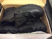 Warrior Men's Safety Boots Size 9