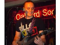 Guitarist / singer / backing singer looking for a home