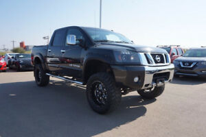 2013 Nissan Titan 4X4 LIFTED..LOADED..LEATHER..NAV..ROOF