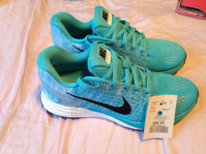 Brand New Nike Sneakers Size 6.5