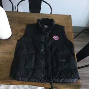 Men Canada Goose Vest SMALL