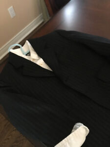 LIKE NEW BOYS BLACK PIN STRIP SUIT 3/4 T