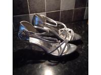 Size 6 diamanté London sandals