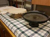 2 new cake stands