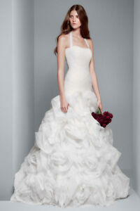 Vera Wang Wedding Dress Size 2 Never Worn