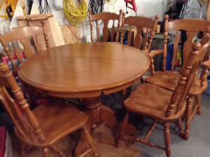 7 piece maple dining set for sale