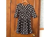 Atmosphere Dress Navy Blue, cream hearts