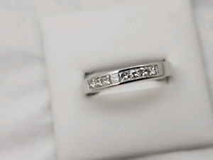 18k White Gold 0.35CT Wedding Band