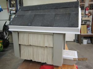 Small Cat or Dog House