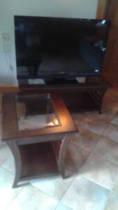 Tv +coffee table & end table