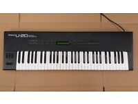 Roland U-20 RS-PCM Keyboard with case