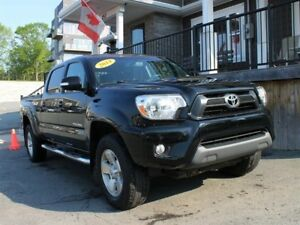 2014 Toyota Tacoma TRD Sport / 4.0L V6 / Auto / 4x4