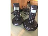 Cordless household telephones