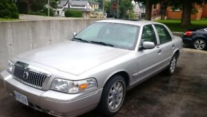 2008 Ford Grand Marquis deluxe Sedan