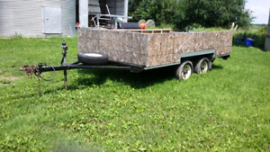 VGUC dual axle wood trailer used only a couple of times