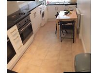 A BREATHTAKING DOUBLE ROOM WITH PRIVATE GARDEN IN FULHAM FOR ONLY 250£ PW
