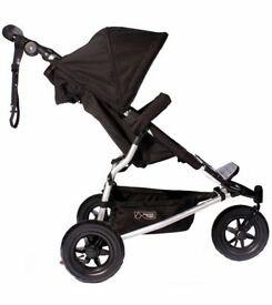 Mountain buggy swift new model all black