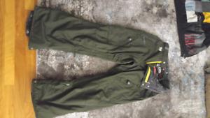 Snowboarding pants 686