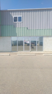 Commercial industrial Bay for rent Sylvan Lake