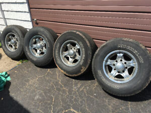 Tires and rims 8stud fit pre 2010 gmc
