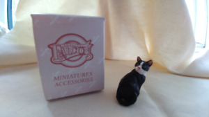 Miniature cat for dolls house