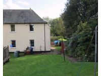 Flat to let Old Kilpatrick - 2 bedroom lower cottage flat with garden and canal front view