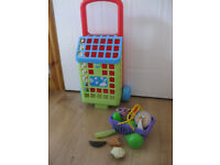 Inside or outside fun with a shopping trolley + 2 baskets + pretend food! Lovely Condition -BARGAIN