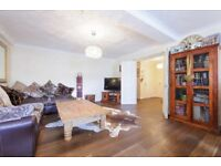800sq ft 2 bed 2 bath property located in Tower hill MUST SEE!!