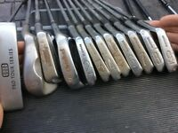 Set of golfing equipment