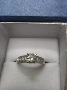 Engagement ring for 2000!! Worth $4700!!!