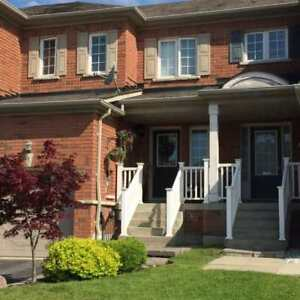 Beautiful Freehold Brick Townhome In Prime North Whitby Location