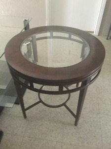 Beautiful wood & Glass side table
