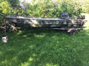 14ft duck blind boat 15hp johnson