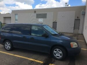 2006 Ford Freestar Minivan Vaan , Great shape