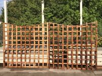 NEW 2 x 6ft x 6ft Concave fencing trellis