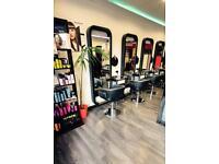 Qualified Hairstylist (Bromley)