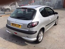 2004 Peugeot 206, starts and drives well, MOT until 20th September, ice cold air con, very clean ins