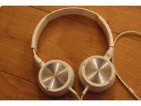 Sony MDR-ZX300 Headband Headphones - White On Ear Headphones Adjustable Headband working