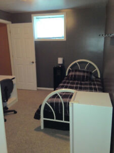 APPRENTICES/STUDENTS - Room for Rent
