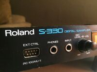 Roland S-330 Digital Sampler (sepparate outputs) Vintage kit