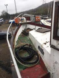 Ip24 fishing / work boat