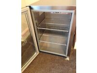 Mini bar fridge £30