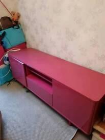 Pink gloss unit