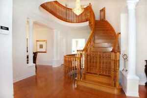 beautiful house close to hwy404 for sale