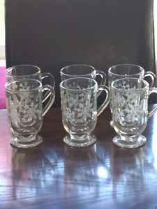 6 clear glass etched snowflake mugs