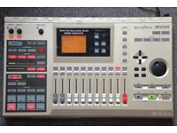 Zoom MRS 1044CD - 10 track multitrack recorder and drum machine - with UIB-02 USB interface!