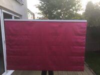 Pink blind. Width: 153cm, Length: 95cm