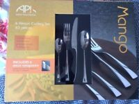 Arthur Price cutlery set - never been used, still in box
